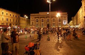 Pesaro: piazza del popolo